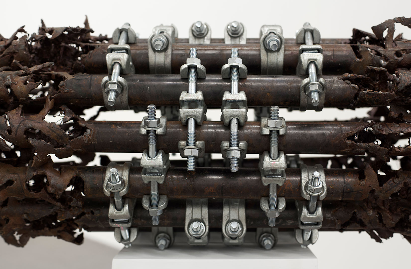 Untitled | 140 x 54 x 40 cm | Iron piping and scaffolding clumps