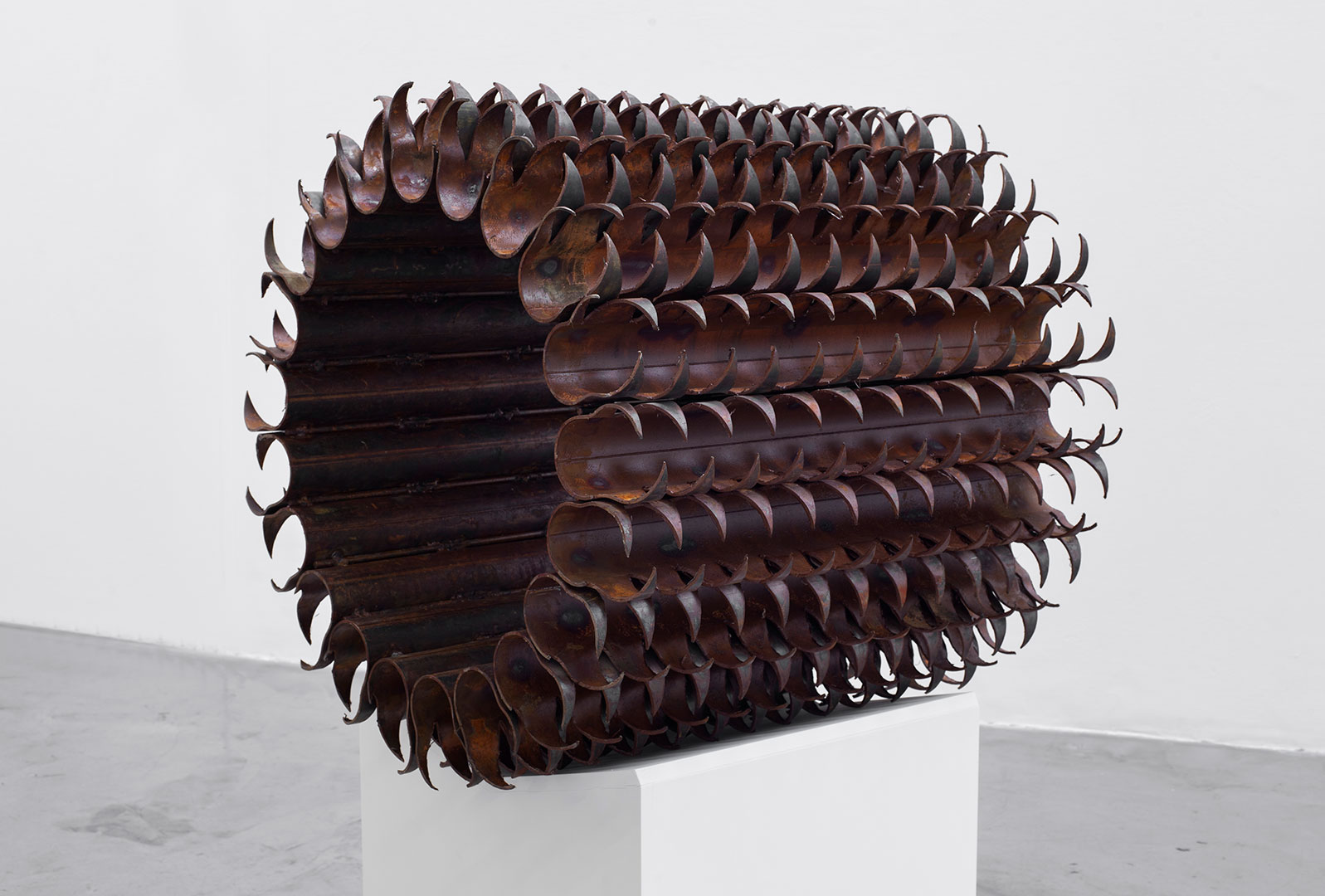 Untitled | 2018 | Iron pipes | 70 x 70 x 70 cm